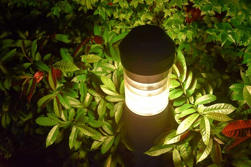 Electric Garden Light